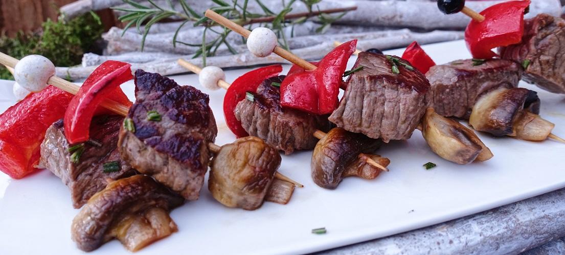 Mini-gemarineerde biefstukspiesjes