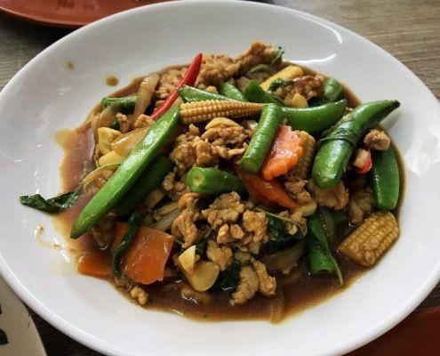 Pad Kra Pao thailändisches Fast Food