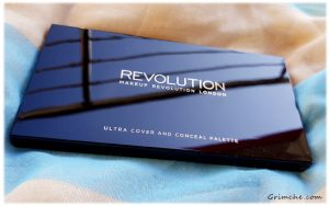 алитра с коректори Makeup Revolution Cover and Conceal Palette 5