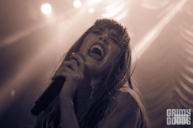 Ryn Weaver live photos
