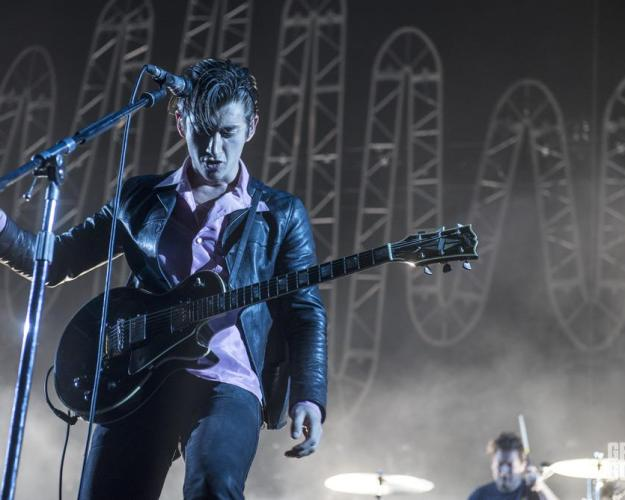Arctic Monkeys photos staples center