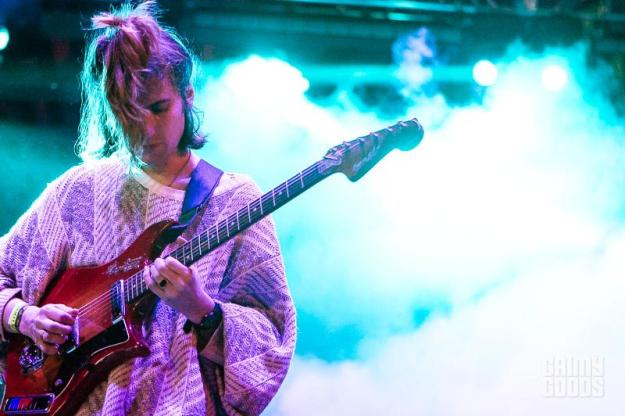 DIIV photos beach goth 3