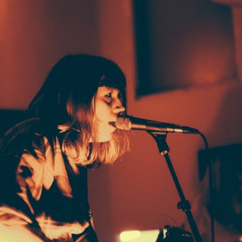 Vivian Girls photos church york2