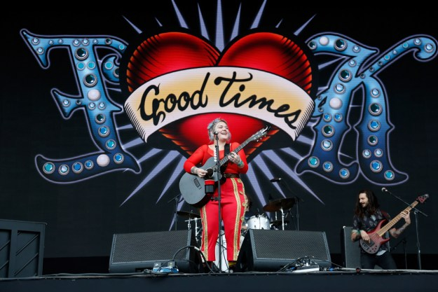 Elle King Governors Ball 2016 photos