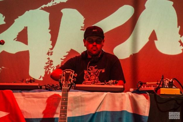 DJ Ethos with Los Rakas