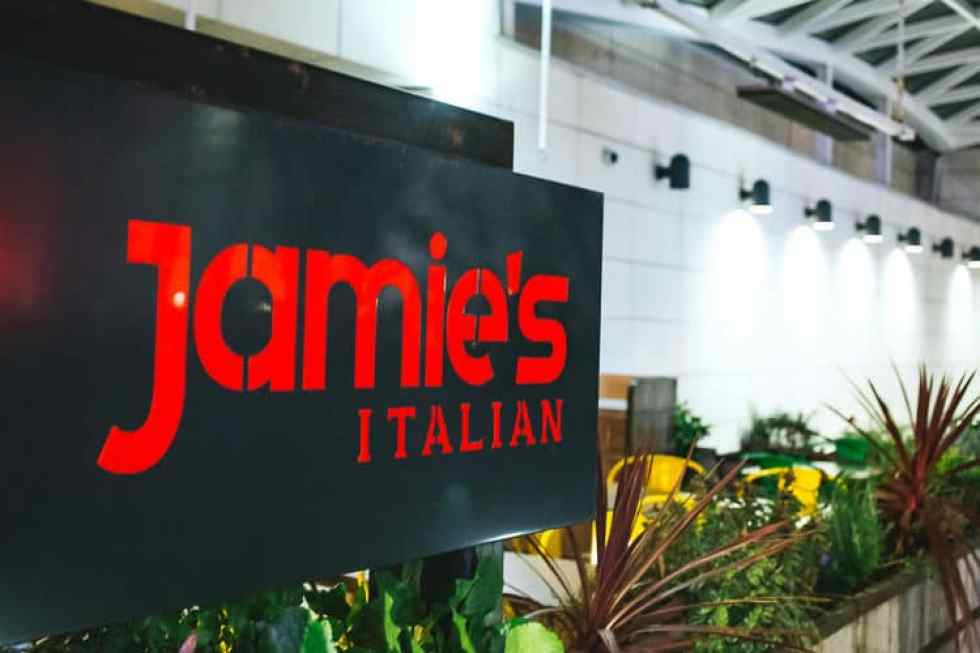for a fun family dinner this holiday season, check out jamie's italian!