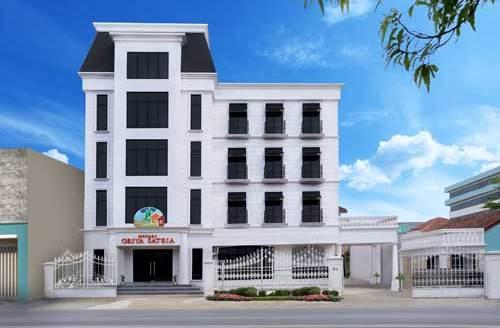 Gedung Pusat Griya Satria