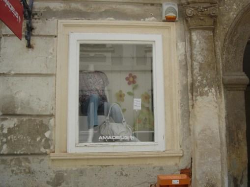 Kameni okviri prozora – Varaždin