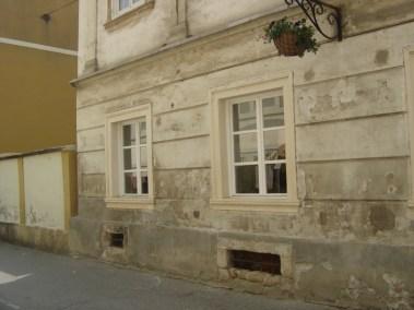Kameni okviri prozora - Varaždin (6)