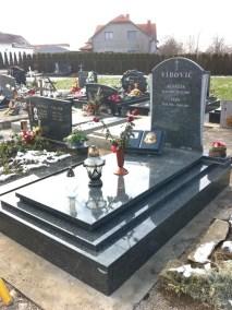 Nadgrobni spomenici (12)