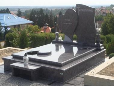 Nadgrobni spomenici (46)