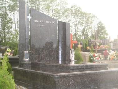 Nadgrobni spomenici (91)