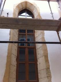 Sakralni objekti - kameni okviri prozora, portala i kuteva (9)