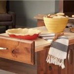 yorktowne pull out table