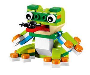 FREE LEGO Frog Mini Model Build 7/5 & 7/6!