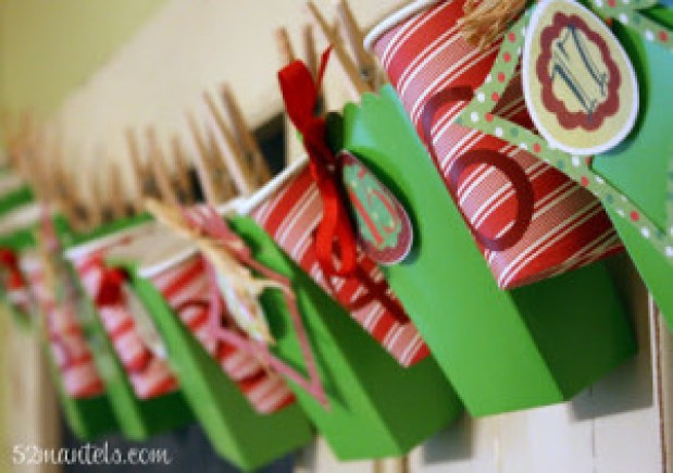 Making A Merry Christmas: Hanging Advent Calendar + FREE Printable Tags!