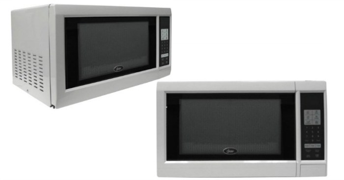 Oster 0.9-Cubic Foot Microwave Oven Just $54! Down From $124!