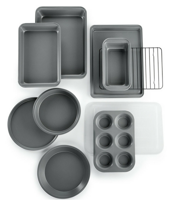 10-Piece Bakeware Set Just $18.74! Down From $60!