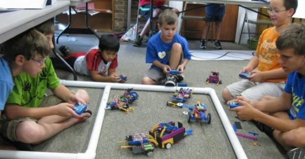 Save 60% Off ROBOTS-4-U Summer Camps!