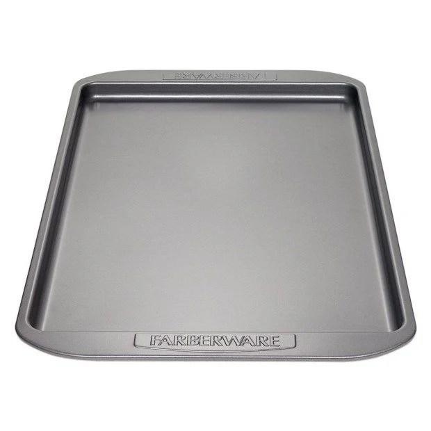 Farberware Nonstick Bakeware 11-by-17-Inch Cookie Pan Just $5.99! (reg. $20)