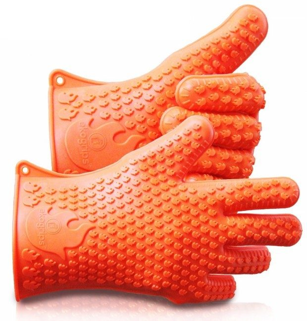 Silicone BBQ / Grill / Oven Gloves Just $10.09! (Reg. $57!)