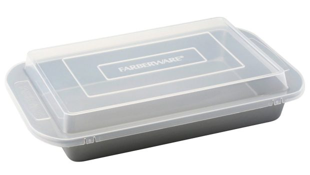 "Prime Exclusive! Farberware Nonstick Bakeware 9"" X 13"" Cake Pan With Lid Just $9.62!"