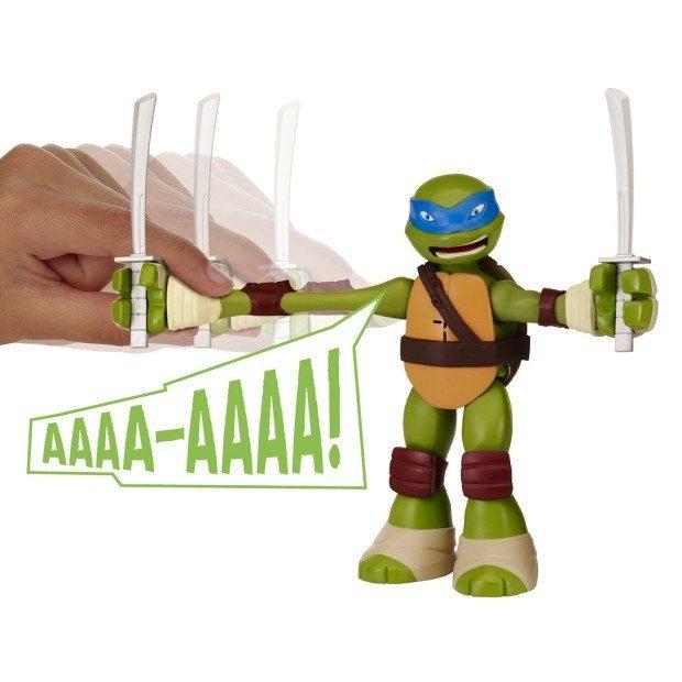 Teenage Mutant Ninja Turtles Stretch N' Shout Leonardo Figure Just $14 (30% Off)!