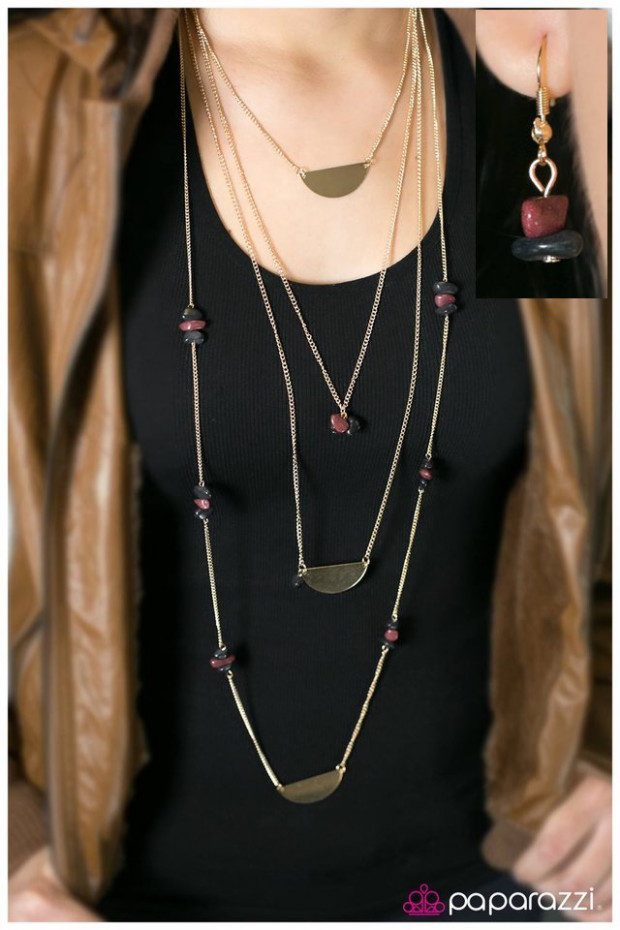 Back to the Stone Age Necklace And Earrings Just $5!