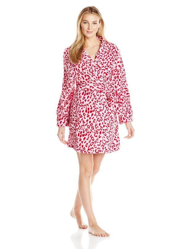 Hanes Women's Plush Robe Only $8.64!