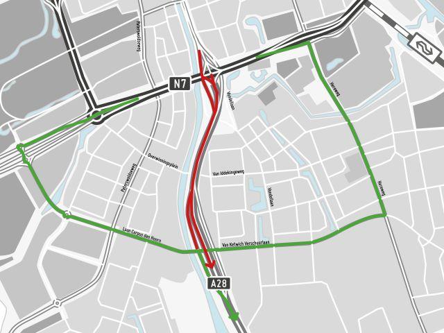 Omleidingsroutes voor verkeer tussen Groningen en Haren. In rood de afsluiting, in groen de omleidingsroutes.