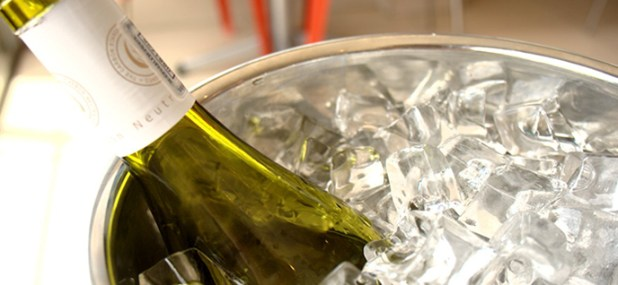 keeping wine cool