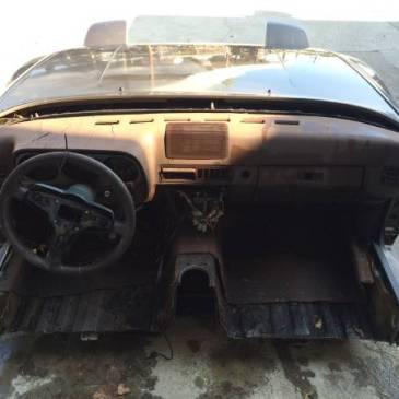 Porsche 944 Groosh S Garage