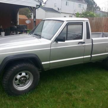 1986 Jeep Comanche 4X4 – $8000 (Flint)
