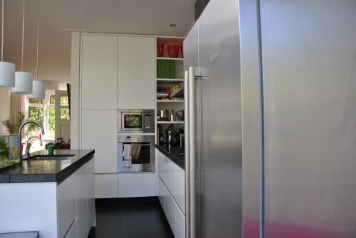 Greeploze maatwerk keuken door GrootS Interieur