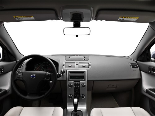 small resolution of 2010 volvo s40 2 4i centered wide dash shot
