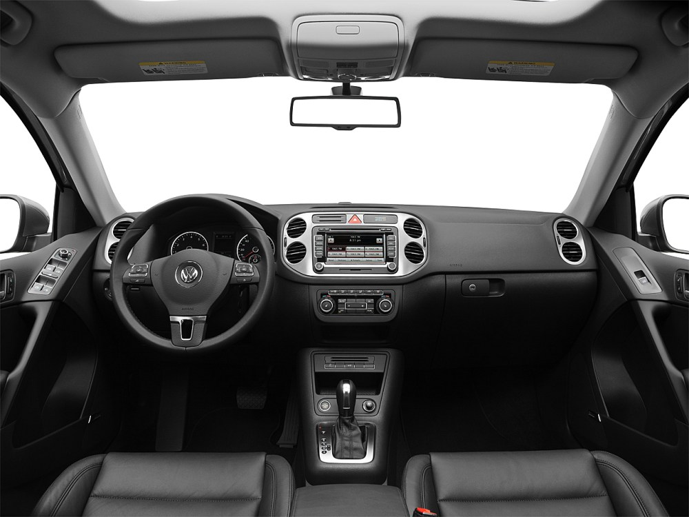 medium resolution of 2011 volkswagen tiguan sel centered wide dash shot