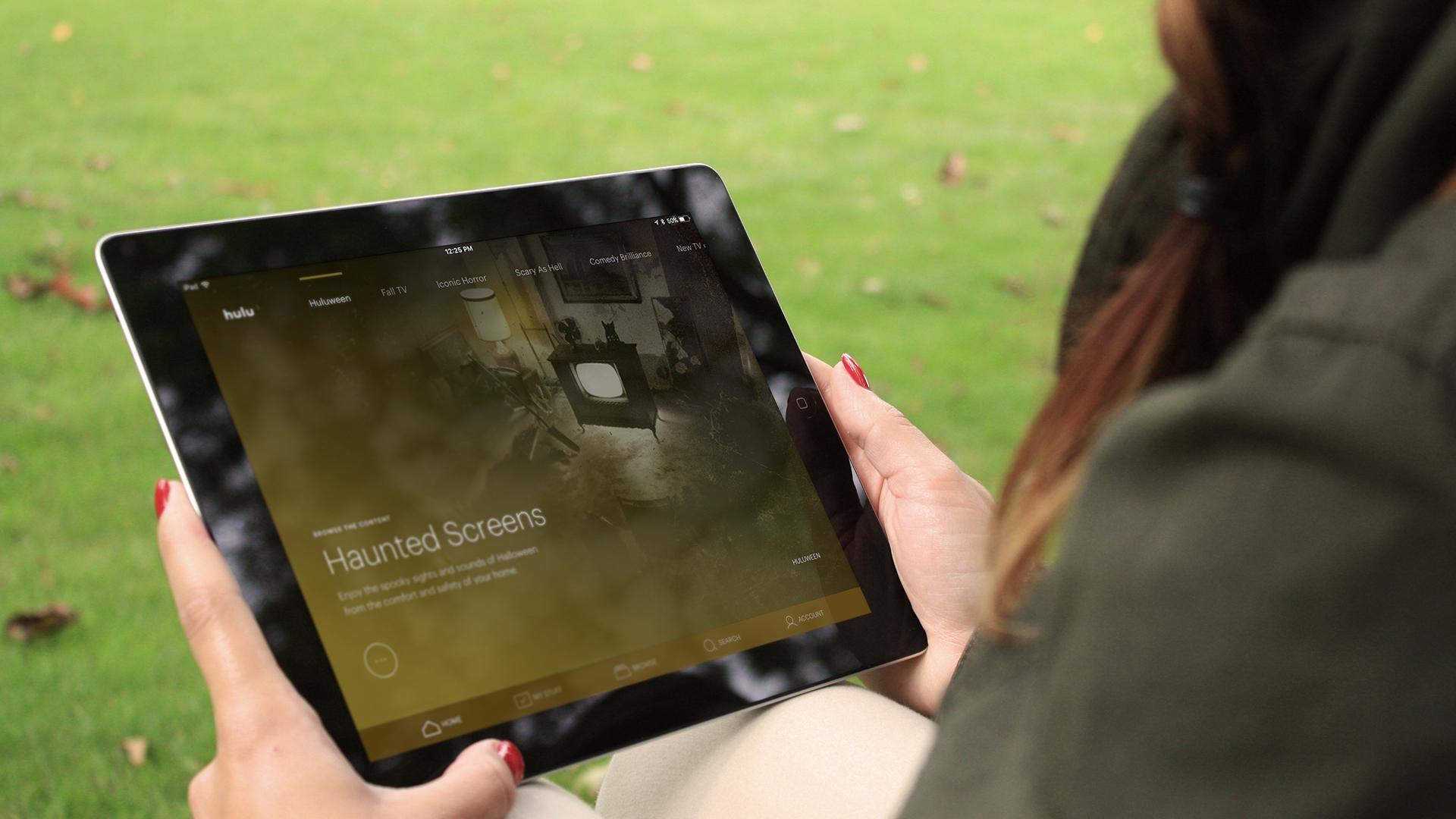 Hulu Huluween Haunted Screens