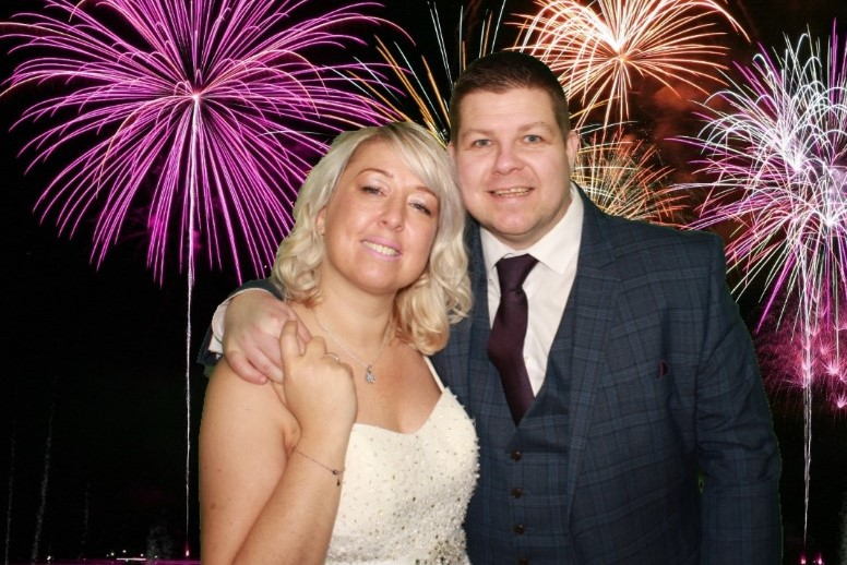 PHOTO BOOTH HIRE WEST TOWER
