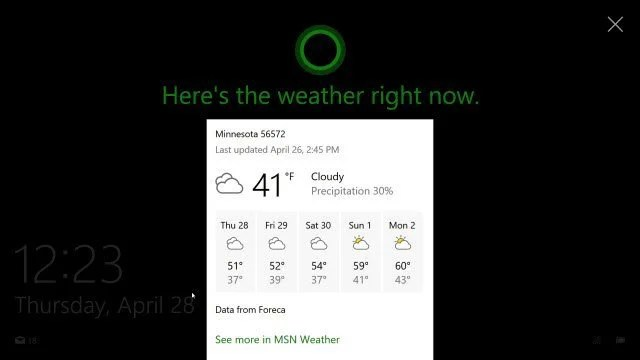 Cortana displaying on The Windows lock screen with icon.