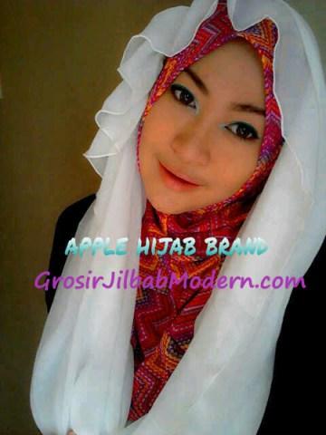 Jilbab Beverly Hoodie Putih