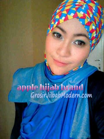 Jilbab Turban Hoodie Diane Abstrak Biru