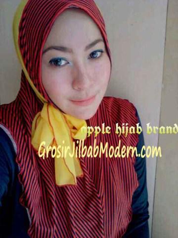 Jilbab Syria Deeba No. 04 Merah dan kuning