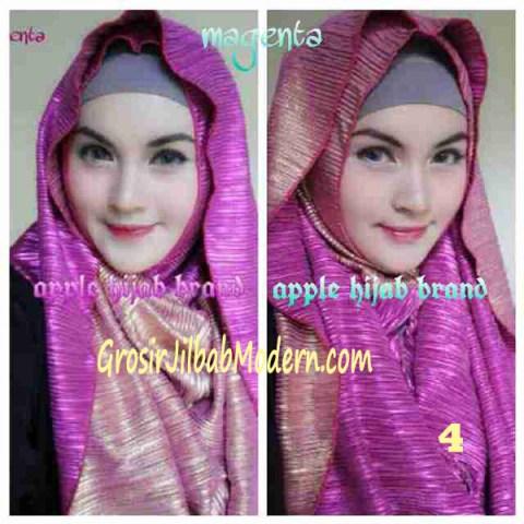 Jilbab 2 in 1 Goldee Plizt Hoodie by Apple Hijab Brand No 4 Magenta