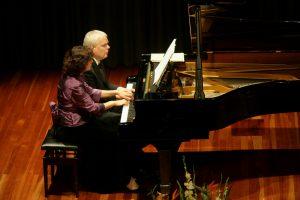 Hamburger Klavierduo Friederike Haufe und Volker Ahmels