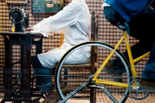 Pesata | New Museum New York City | Bicycle Sewing Machine | Fotos: PeSeta / New Museum | GROSSARTIG
