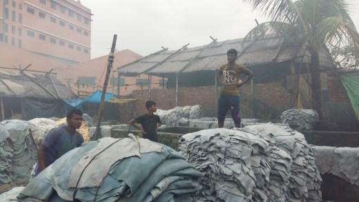 Fashion Revolution Day   Dhaka   Bangladesh   Färberviertel Hazaribagh   Fast Fashion   Foto: Gerrit Qualitz   GROSS∆RTIG