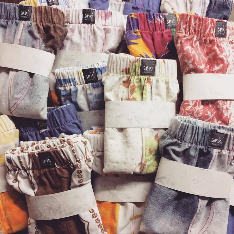 fr her zudecken jetzt anziehen boxershorts aus alter bettw sche interview mit kira und sophie. Black Bedroom Furniture Sets. Home Design Ideas