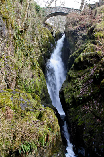 Falling Bridge Wallpaper Grough Walker Airlifted From Aira Force After Injuring
