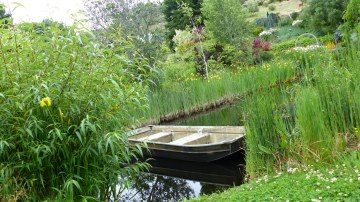 HFBoat 1024x575 360 Degrees Of Perfection in Hans Fahdens Garden