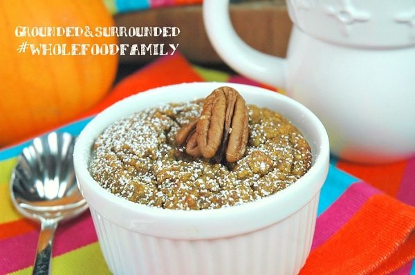 Baked Pumpkin N'Oatmeal | We are bringing on fall with this easy grain-free (quinoa), gluten-free, dairy-free, and refined sugar-free Baked Pumpkin N'Oatmeal! This whole food and clean eating breakfast is warm, comforting and delicious! You will love this easy and healthy breakfast or brunch recipe that resembles a typical baked oatmeal, yet has a bread pudding like texture. You can bake in individual ramekins or a large pan.